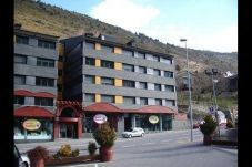 Apartment with parking in El Tarter