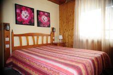 Apartment for 6 people in Pas de la Casa