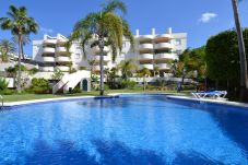 Apartment in Marbella at 400 m from the beach