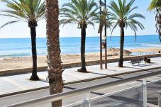 Apartment in Salou at 5 m from the beach