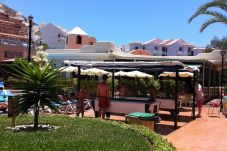 Aparthotel with 1 room at 1000 m from the beach