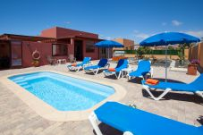 Villa with swimming pool in Caleta de Fuste