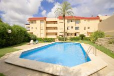 Apartment with 2 bedrooms at 100 m from the beach